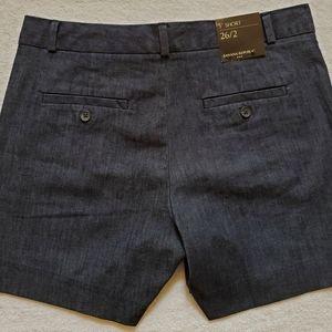 "NWT Banana Republic Size 2 Classic 5"" Denim Shorts"